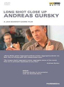 Andreas Gursky – Long shot close up