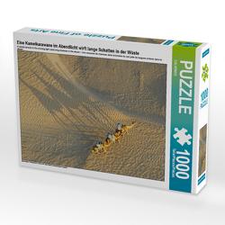 CALVENDO Puzzle Eine Kamelkarawane im Abendlicht wirft lange Schatten in der Wüste 1000 Teile Lege-Größe 64 x 48 cm Foto-Puzzle Bild von CALVENDO