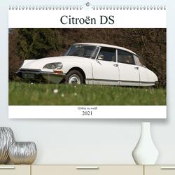 Citroën DS – Göttin in weiß (Premium, hochwertiger DIN A2 Wandkalender 2021, Kunstdruck in Hochglanz) von Bölts,  Meike