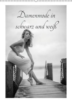 Damenmode in schwarz und weißCH-Version (Wandkalender 2019 DIN A2 hoch) von Kaiser,  Ralf