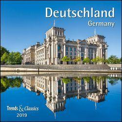 Deutschland Germany 2019 – Broschürenkalender – Wandkalender – mit herausnehmbarem Poster – Format 30 x 30 cm von DUMONT Kalenderverlag
