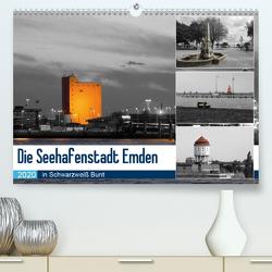 Die Seehafenstadt Emden – in Schwarzweiß Bunt (Premium, hochwertiger DIN A2 Wandkalender 2020, Kunstdruck in Hochglanz) von Poetsch,  Rolf