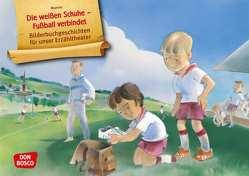 Die weißen Schuhe – Fußball verbindet. Kamishibai Bildkartenset. von Maneis
