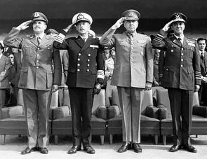 Diktaturen in Lateinamerika von Cwik,  Christian, König,  Hans-Joachim, Rinke,  Stefan