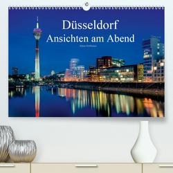 Düsseldorf – Ansichten am Abend (Premium, hochwertiger DIN A2 Wandkalender 2021, Kunstdruck in Hochglanz) von Hoffmann,  Klaus