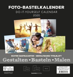 Foto-Bastelkalender schwarz FAMILY 2020 – Bastelkalender – Do it yourself calendar (21 x 22) – datiert – Kreativkalender – Fotokalender von ALPHA EDITION