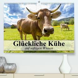 Glückliche Kühe auf saftigen Wiesen (Premium, hochwertiger DIN A2 Wandkalender 2020, Kunstdruck in Hochglanz) von Stanzer,  Elisabeth