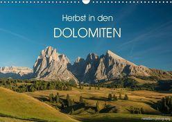 Herbst in den Dolomiten (Wandkalender 2019 DIN A3 quer) von photography,  romanburri