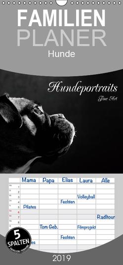 Hundeportraits Fine Art – Familienplaner hoch (Wandkalender 2019 , 21 cm x 45 cm, hoch) von Behr,  Jana