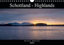 Im Hochland Schottlands (Wandkalender 2019 DIN A4 quer) von Mikulsky,  Michael