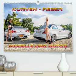 Kurven – Fieber – Modelle und Autos (Premium, hochwertiger DIN A2 Wandkalender 2021, Kunstdruck in Hochglanz) von R. Brüngger,  Jimmi