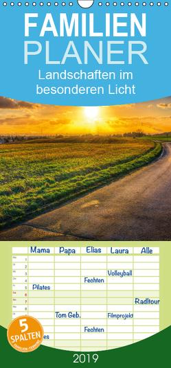 Landschaften im besonderen Licht – Familienplaner hoch (Wandkalender 2019 , 21 cm x 45 cm, hoch) von Landsmann,  Markus