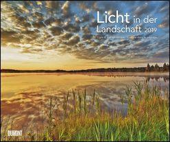 Licht in der Landschaft 2019 – Wandkalender 58,4 x 48,5 cm – Spiralbindung von DUMONT Kalenderverlag, Krahmer,  Frank