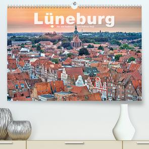 LÜNEBURG Ein- und Ausblicke von Andreas Voigt (Premium, hochwertiger DIN A2 Wandkalender 2020, Kunstdruck in Hochglanz) von Voigt,  Andreas