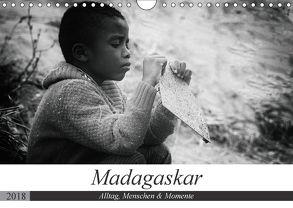 Madagaskar: Alltag, Menschen und Momente (Wandkalender 2018 DIN A4 quer) von Schade,  Teresa