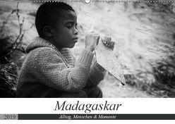 Madagaskar: Alltag, Menschen und Momente (Wandkalender 2019 DIN A2 quer) von Schade,  Teresa