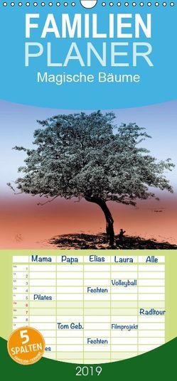 Magische Bäume – Familienplaner hoch (Wandkalender 2019 , 21 cm x 45 cm, hoch) von Stanzer,  Elisabeth