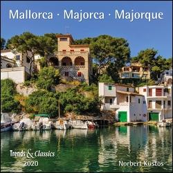 Mallorca Majorca 2020 – Broschürenkalender – Wandkalender – mit herausnehmbarem Poster – Format 30 x 30 cm von DUMONT Kalenderverlag, Kustos,  Norbert