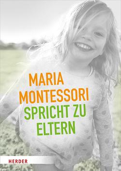 Maria Montessori spricht zu Eltern von Montessori,  Maria
