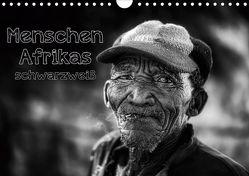 Menschen Afrikas schwarzweiß (Wandkalender 2020 DIN A4 quer) von Voss,  Michael