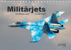 Militärjets am Boden und in der Luft (Tischkalender 2019 DIN A5 quer) von MUC-Spotter