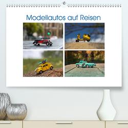 Modellautos auf Reisen (Premium, hochwertiger DIN A2 Wandkalender 2021, Kunstdruck in Hochglanz) von Michalzik,  Paul