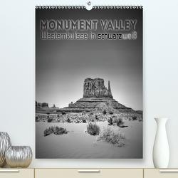 MONUMENT VALLEY Westernkulisse in schwarzweiß (Premium, hochwertiger DIN A2 Wandkalender 2021, Kunstdruck in Hochglanz) von Viola,  Melanie