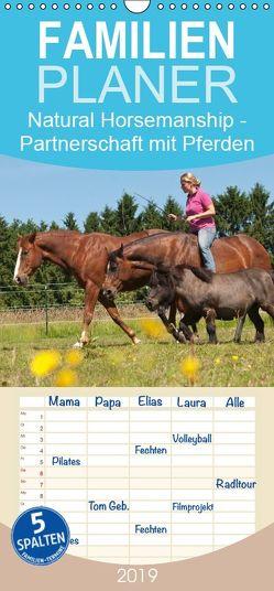 Natural Horsemanship – Partnerschaft mit Pferden – Familienplaner hoch (Wandkalender 2019 , 21 cm x 45 cm, hoch) von Bölts,  Meike