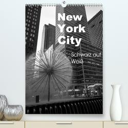 New York City Schwarz auf Weiß (Premium, hochwertiger DIN A2 Wandkalender 2021, Kunstdruck in Hochglanz) von Aatz,  Markus