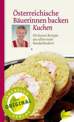 Österreichische Bäuerinnen backen Kuchen von Löwenzahn Verlag