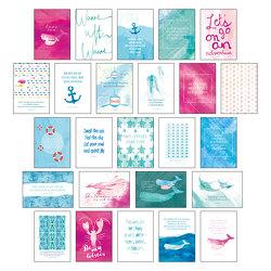 """Postkarten Set """"Sand & Sea"""" – 25 hochwertige Postkarten mit sommerlichen Motiven sowie inspirierenden und motivierenden Sprüchen & Zitaten zum Dekorieren oder Verschicken. Von Hand designte Spruchkarten Sommer, Sonne, Strand & Meer von Wirth,  Lisa"""