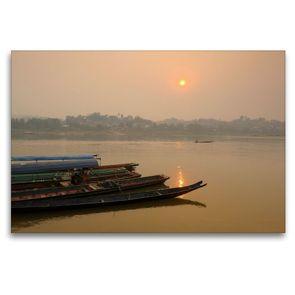 Premium Textil-Leinwand 120 x 80 cm Quer-Format Sonnenaufgang am Mekong Fluss | Wandbild, HD-Bild auf Keilrahmen, Fertigbild auf hochwertigem Vlies, Leinwanddruck von Christian Heeb