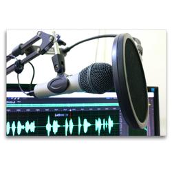 Premium Textil-Leinwand 120 x 80 cm Quer-Format Tonstudio – Mikrofon mit Popschutz | Wandbild, HD-Bild auf Keilrahmen, Fertigbild auf hochwertigem Vlies, Leinwanddruck von Renate Bleicher