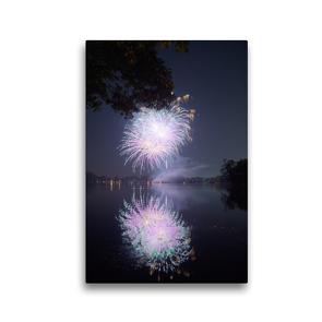 Premium Textil-Leinwand 30 x 45 cm Hoch-Format Strahlendes Feuerwerk mit Spiegelung   Wandbild, HD-Bild auf Keilrahmen, Fertigbild auf hochwertigem Vlies, Leinwanddruck von Frank Uffmann