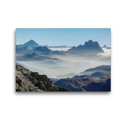 Premium Textil-Leinwand 45 x 30 cm Quer-Format Der Monte Antelao (3264 m) und der Monte Pelmo (3168 m) erheben sich über ein Wolkenmeer in den Dolomiten des Veneto | Wandbild, HD-Bild auf Keilrahmen, Fertigbild auf hochwertigem Vlies, Leinwanddruck von Martin Zwick