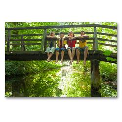 Premium Textil-Leinwand 90 x 60 cm Quer-Format Kinder sitzen auf einer Brücke | Wandbild, HD-Bild auf Keilrahmen, Fertigbild auf hochwertigem Vlies, Leinwanddruck von Siegfried Kuttig