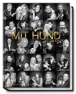 Prominent mit Hund und einer Katze von Bergwelt,  Bettina, Georgiew,  Nikolaj