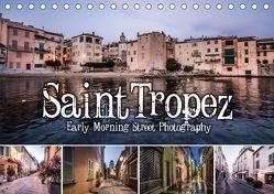 Saint Tropez – Early Morning Street Photography (Tischkalender 2018 DIN A5 quer) von Korte,  Niko