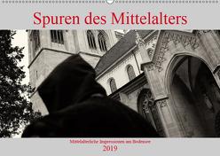 Spuren des Mittelalters (Wandkalender 2019 DIN A2 quer) von Riedmiller,  Andreas