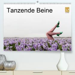 Tanzende Beine (Premium, hochwertiger DIN A2 Wandkalender 2021, Kunstdruck in Hochglanz) von Großberger,  Gerhard