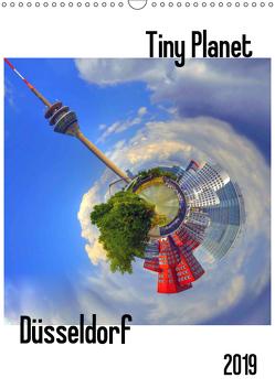 Tiny Planet Düsseldorf (Wandkalender 2019 DIN A3 hoch) von Bergenthal,  Jürgen