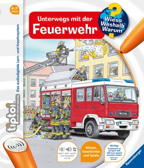tiptoi® Unterwegs mit der Feuerwehr von Böwer,  Niklas, Flucht,  Daniela