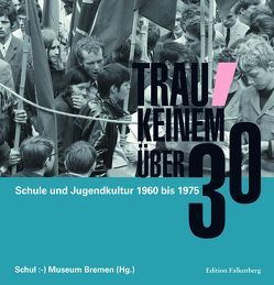 Trau keinem über 30 von Stöcker,  Hermann