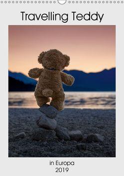 Travelling Teddy in Europa (Wandkalender 2019 DIN A3 hoch) von Kneidinger C-K-Images,  Christian