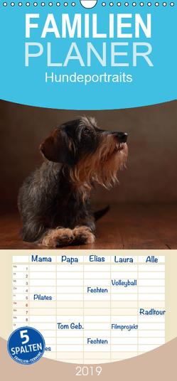 Treue Gefährten – Hundeportraits – Familienplaner hoch (Wandkalender 2019 , 21 cm x 45 cm, hoch) von Behr,  Jana