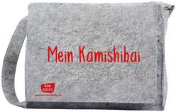 """Umhängetasche """"Mein Kamishibai"""" aus grauem Filz, mit längenverstellbarem Tragriemen und langem Überwurf"""