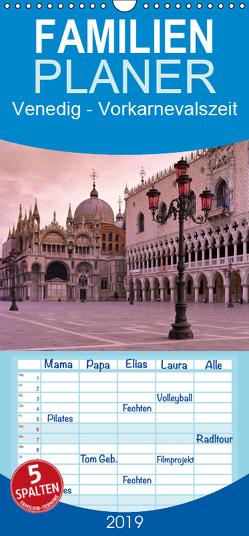 Venedig – Vorkarnevalszeit – Familienplaner hoch (Wandkalender 2019 , 21 cm x 45 cm, hoch) von Caccia,  Enrico
