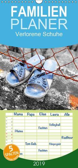 Verlorene Schuhe – Familienplaner hoch (Wandkalender 2019 , 21 cm x 45 cm, hoch) von Hammer,  Steffen