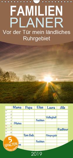 Vor der Tür mein ländliches Ruhrgebiet – Familienplaner hoch (Wandkalender 2019 , 21 cm x 45 cm, hoch) von Thiele,  Tobias