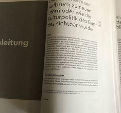 Wachgeküsst: 20 Jahre neue Kulturpolitik des Bundes von Schulz,  Gabriele, Zimmermann,  Olaf